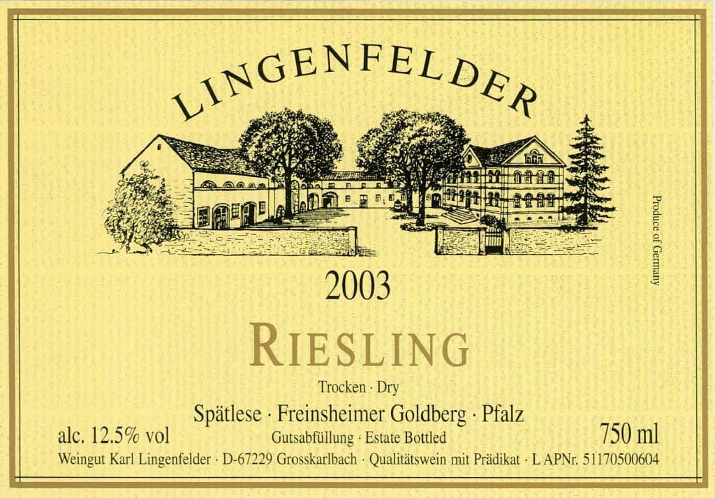 Típica etiqueta de un vino riesling alemán